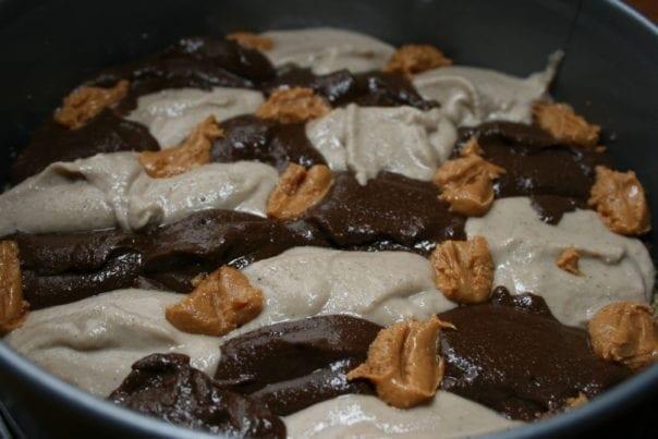 raw vegan peanut butter cashew cheese cake