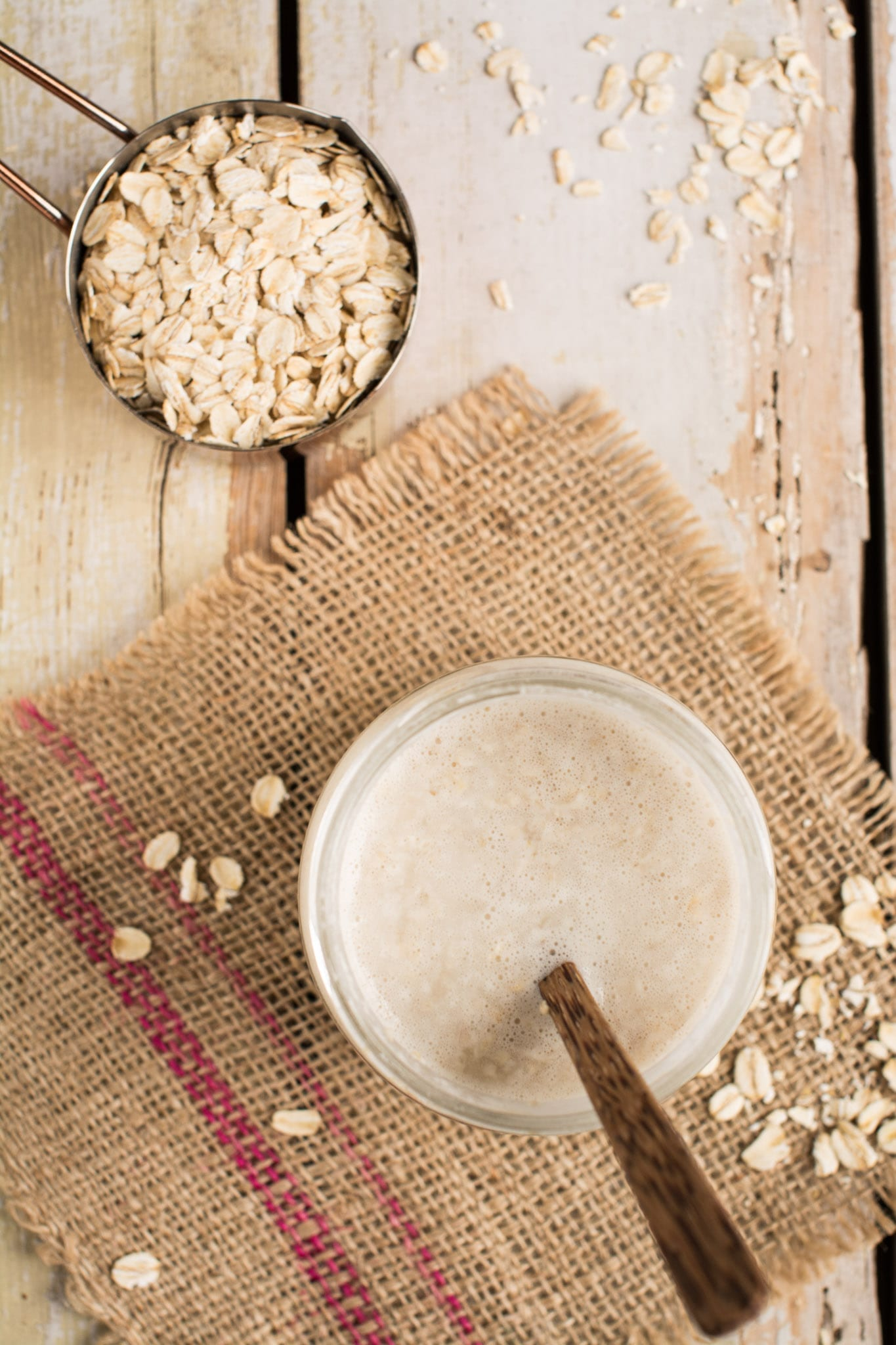 Gut-friendly homemade oat yoghurt for a healthy breakfast or snack.