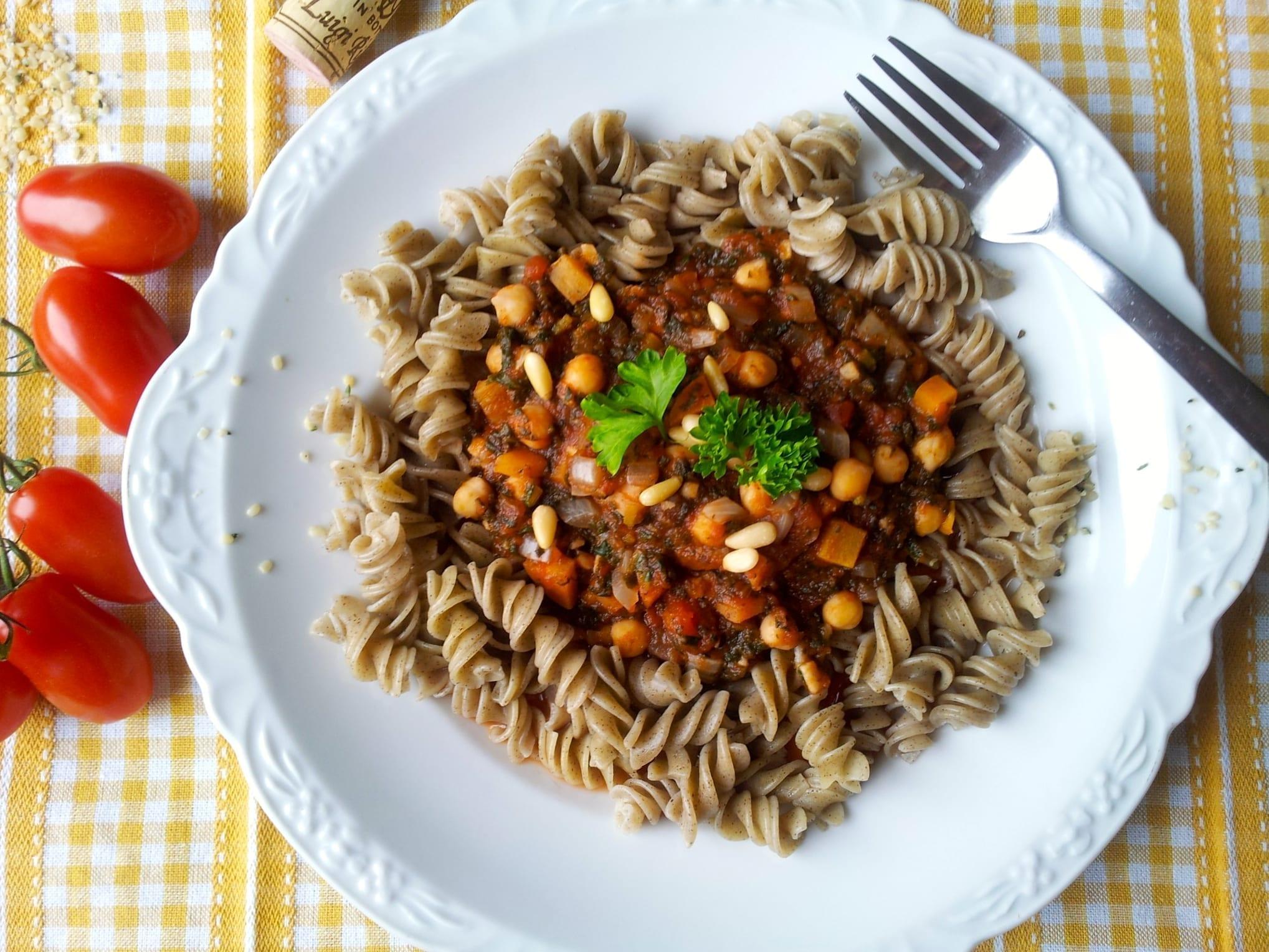 recipe, lunch, dinner, pasta, tomato sauce, chickpeas, spinach, hemp, vegan, plant based, lactose-free, casein-free, sugar-free, oil-free, egg-free