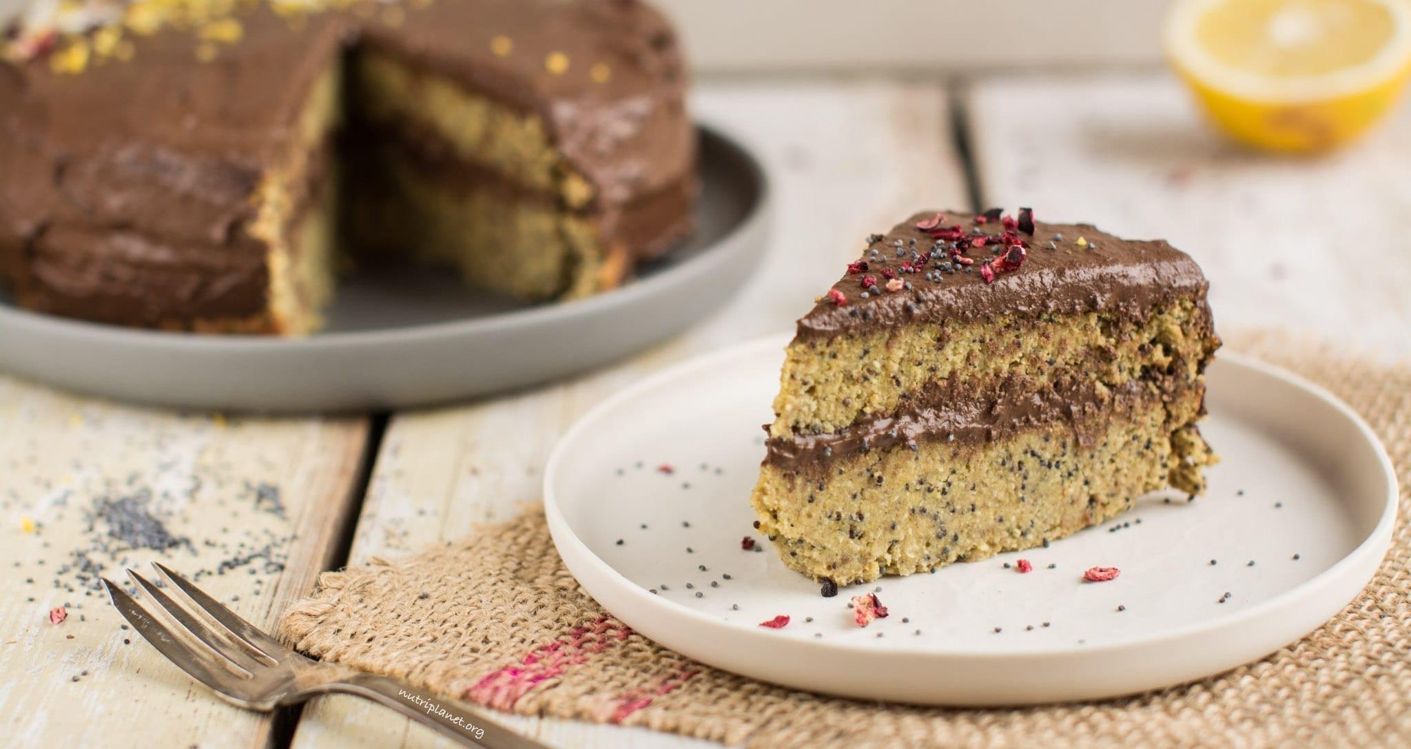 Vegan Lemon Cake with Poppy Seeds