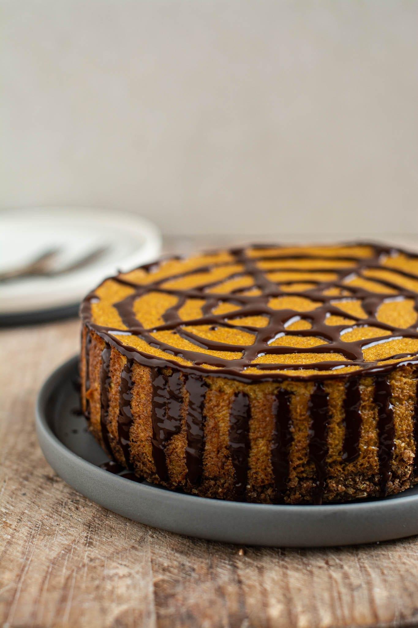 Halloween Vegan Pumpkin Cheesecake